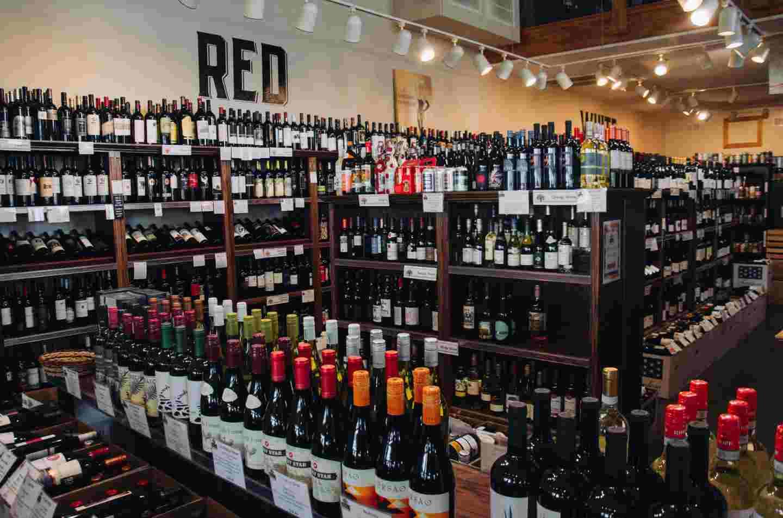 TRiO Market Wine Shop